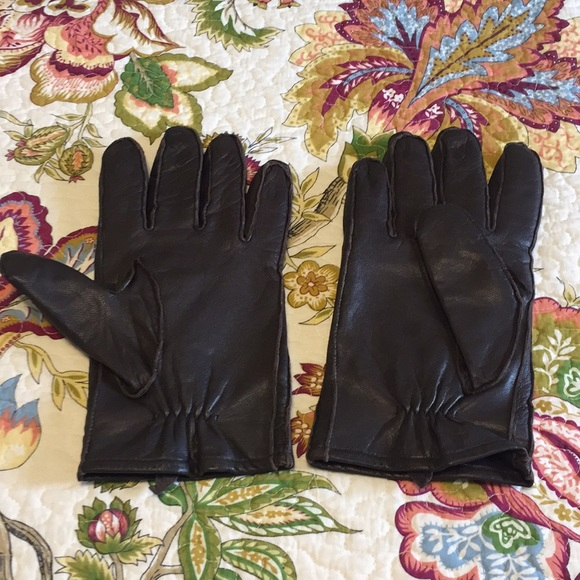 Other - Men's brown leather gloves